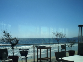 Great view at lunch in beach in Viña