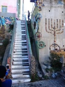 Keyboard or stairway?