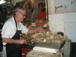 7Opening scallops